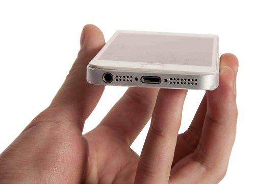 Как заменить аккумулятор на iPhone 5S? - фото 2