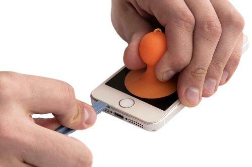 Как заменить аккумулятор на iPhone 5S? - фото 8